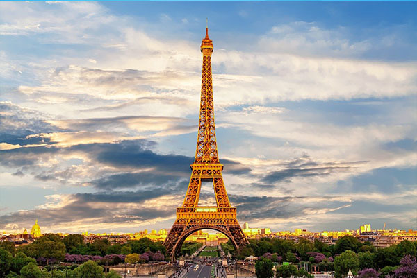 Unterwegs in Paris? Ein Ausflug zum Cimetière des chiens